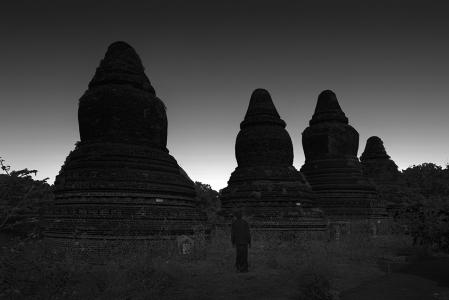LONELINESS NO.31 -MYANMAR -2016